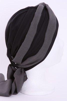 MMP10 Mutsje zwart antraciet gestreept