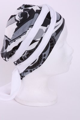 SMP71 Sjaaltje wit