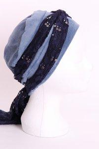 SSG55 Licht Jeans Blauw, sjaaltje donker blauw met zilveren pailletjes