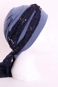 SSG57 Jeans blauw midden, sjaaltje donker blauw met zilveren pailletjes