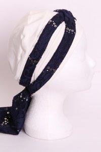 SSG62 Crème, sjaaltje donker blauw met zilveren pailletjes